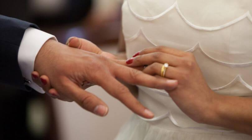 Arti mimpi menikah menurut psikolog