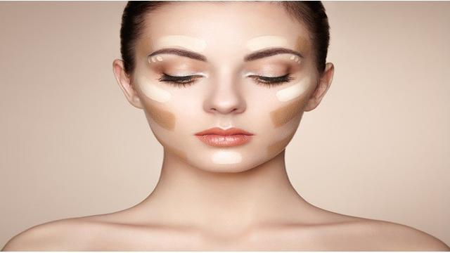Tidak membersihkan make up