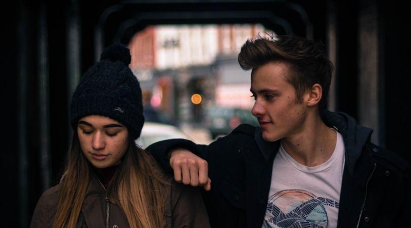 cara mengetahui perasaan seseorang kepada kita